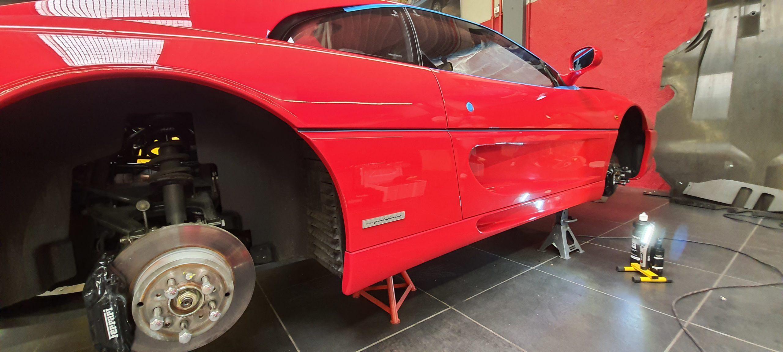 Polissage et lustrage Ferrari F355 Berlinetta
